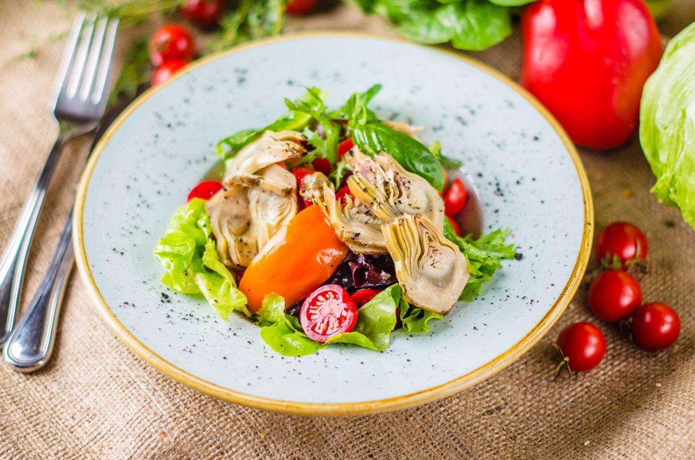 salad_497480506.jpg